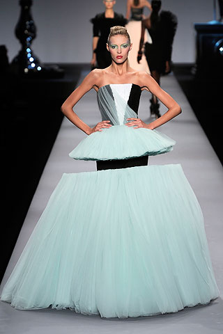Victor and Rolf, Spring 2010